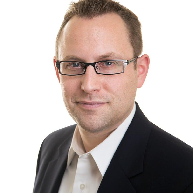 Chris Reed Headshot